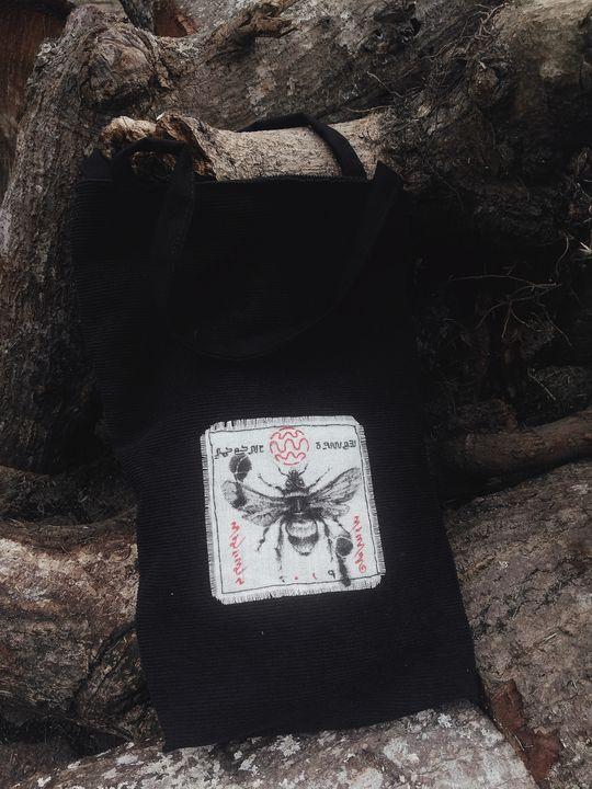 Lobah - Maulana Manurung