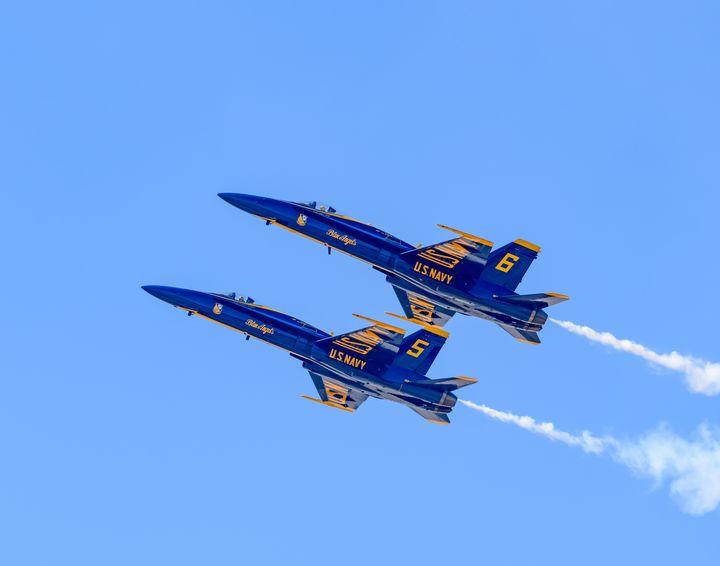 Blue Angel F-18 Hornets in formation - Jarrett Art