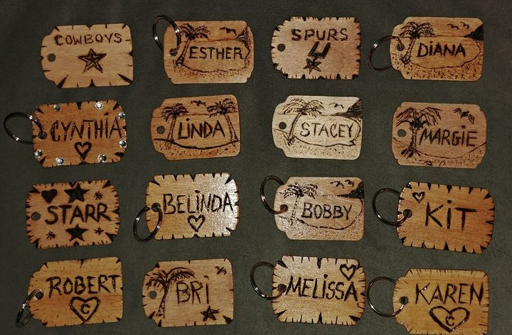 Wooden personalized keychains - Esthers Artsy Crafty - Crafts