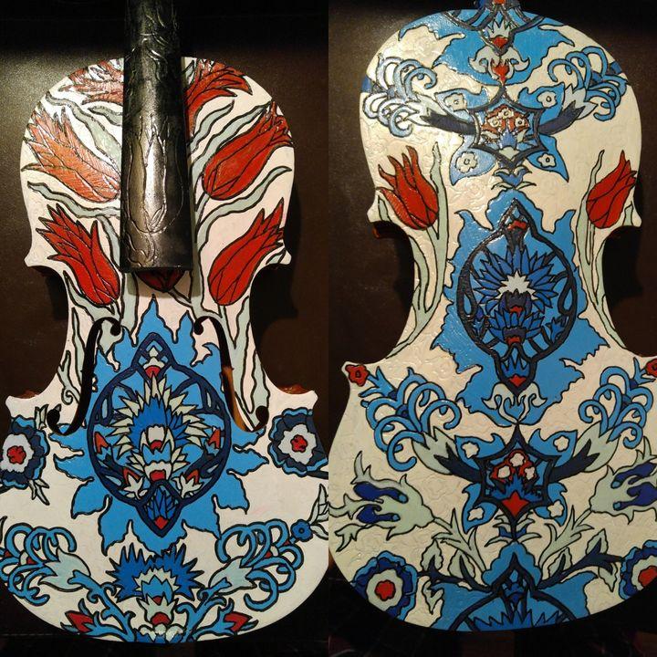 Original IZNIK painted violin - Rafael Colon skateboard art