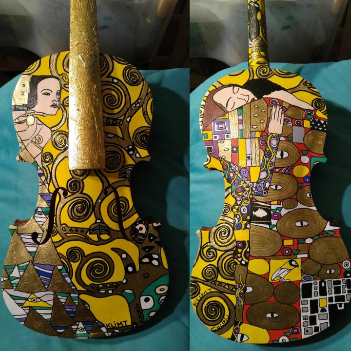 Gustav KLIMT painted violin - Rafael Colon skateboard art