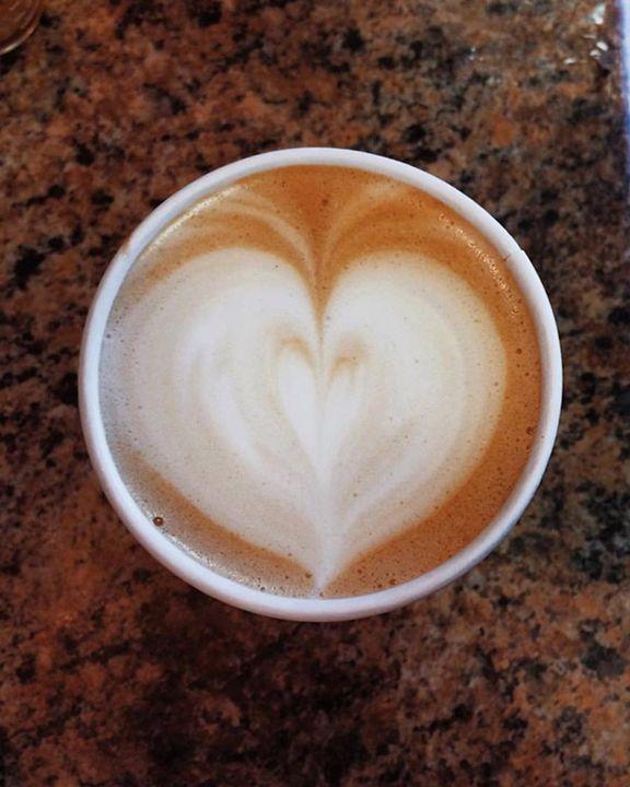 Heart Latte - Olivia Achorn