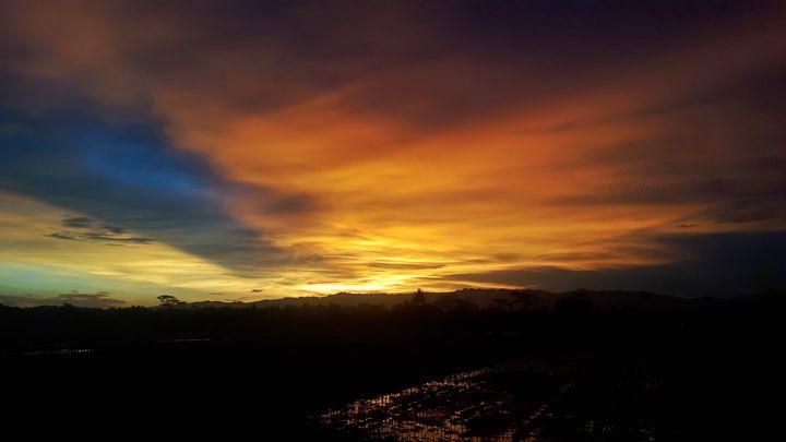 Sunset in mu village - Gerardo Mayella Galileo