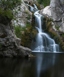 calming noisy water