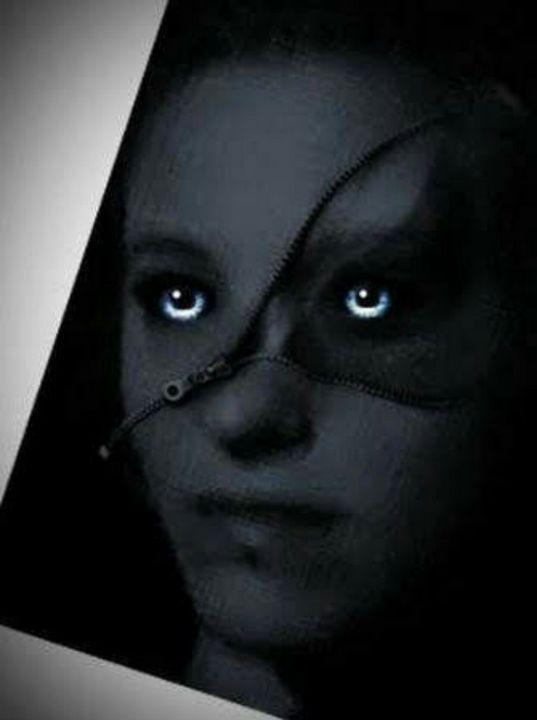 Dark secrets - BeholdersEyes
