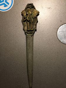 Elephant knife