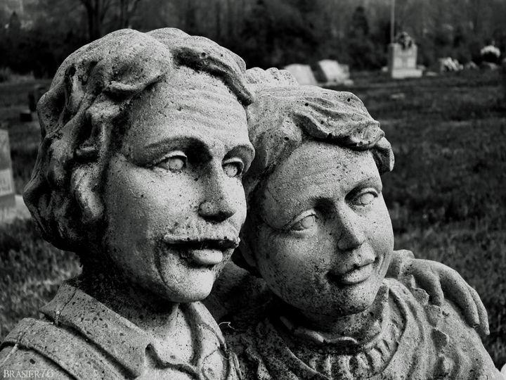 Couple in Stone - Brasier76