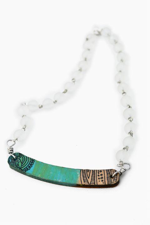 Green graphic glass beads - Dasit Designs