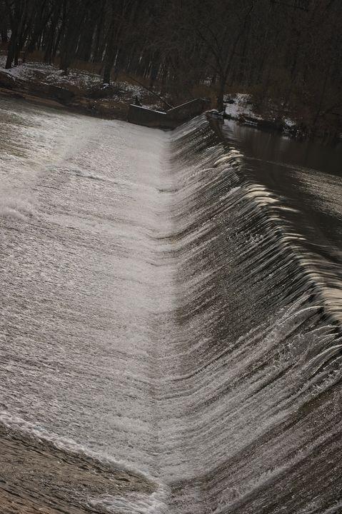Winter's Waterfalls - Rich