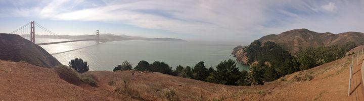 Golden Gate Bridge - Velva Lynn