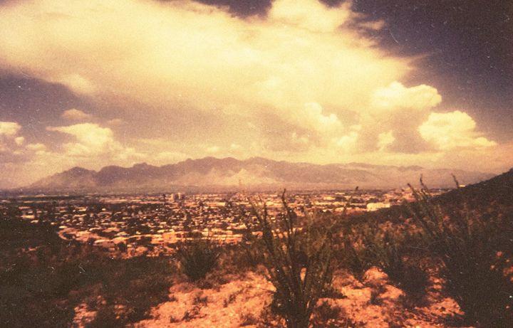 Tucson - Gibbothy