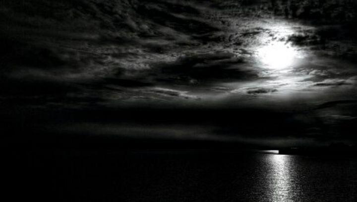 Lake at Night - Andrei Matalin