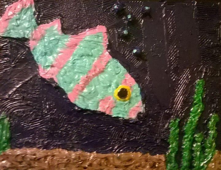 Here Here Lil Fishy - Bomb Art