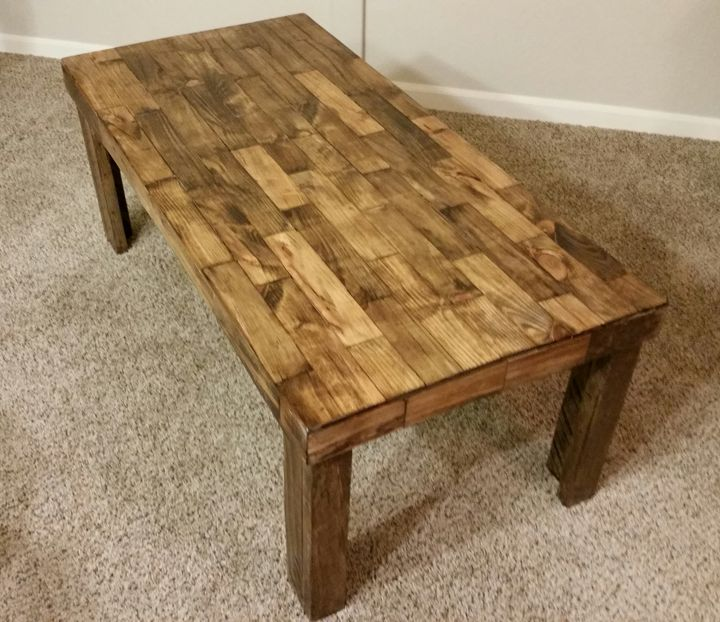 Pallet coffee table - JoeBuildsStuff