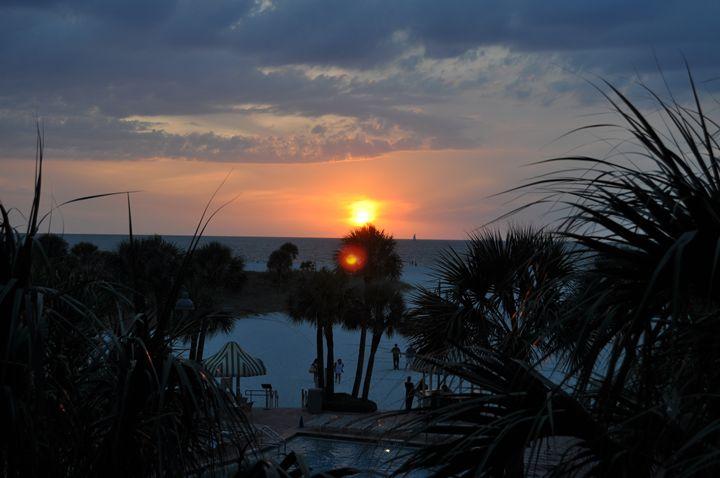 Beach Sunset - Amanda Vogtman