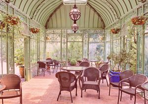 Shady Garden Solarium / Conservatory - Stephanie Long