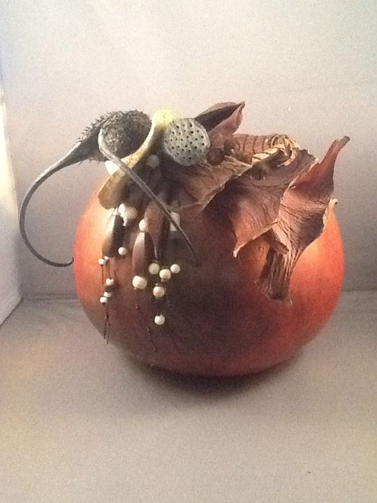 OMP! Oh, My Pods! - LaDeDa Gourds - Karen L Caldwell