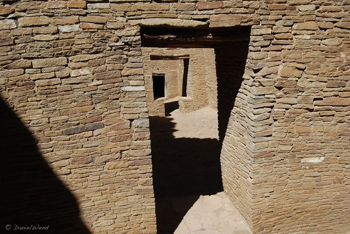 Labyrinth of Rooms at Pueblo Bonito - Wend Images Gallery