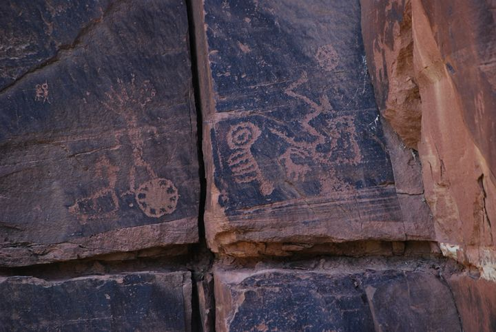 Mysterious Symbols in Rock - Wend Images Gallery