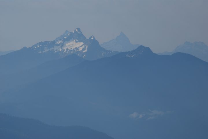 Mt. Pugh and Sloan Peak - Wend Images Gallery