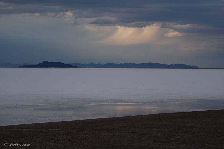 Shoreline of Lake Bonneville, Utah - Wend Images Gallery
