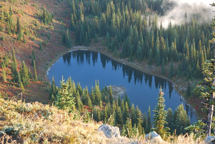George Lake in the Cascade Mountains - Wend Images Gallery