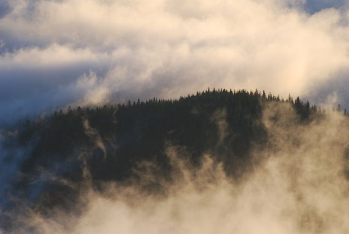 Mountain Ridge Among the Clouds - Wend Images Gallery