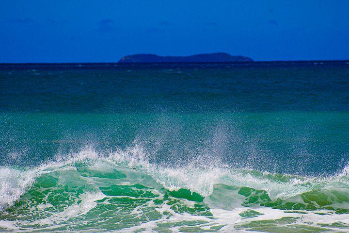 Wave to Molokini - Kari Ann Jamison Photography