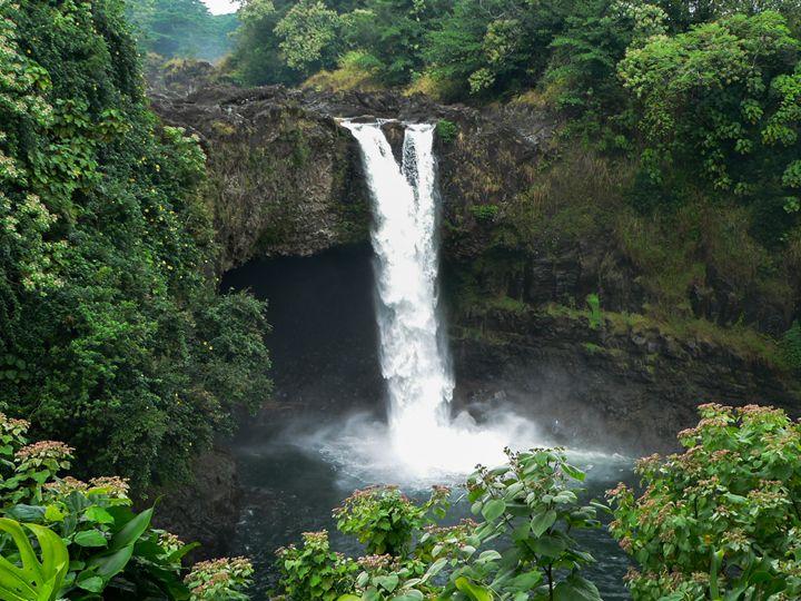 Rainbow Falls, Hawaii - Howard's Photography LLC