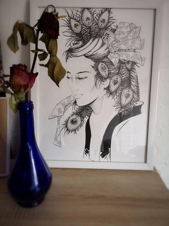 La femme Paon. - Stetiar Illustrations