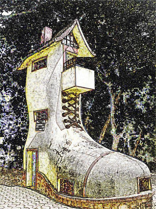 Shoe House Digital Image - Digital Sketches