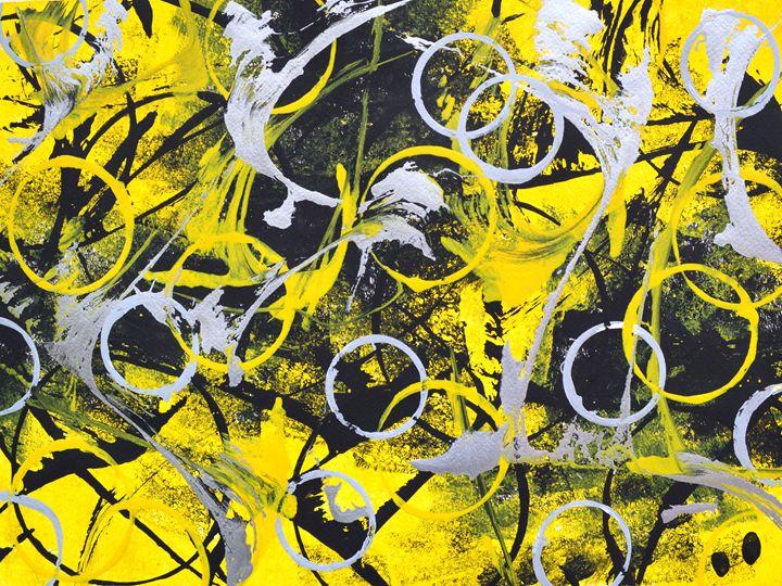 Queen Bee - Art by 3valynn