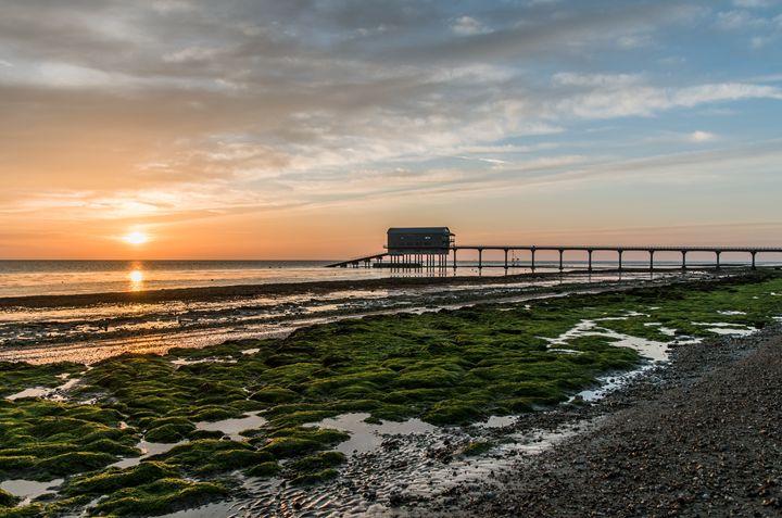 Bembridge Beach Sunrise - Natural Light Photography