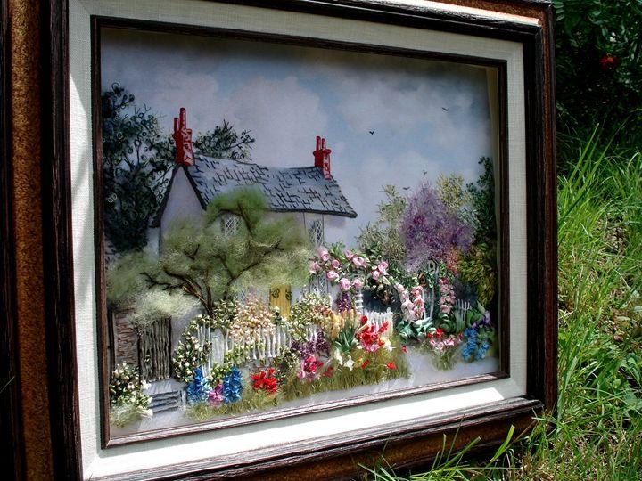 Cottage garden silk embroidery - Silk Ribbon Art