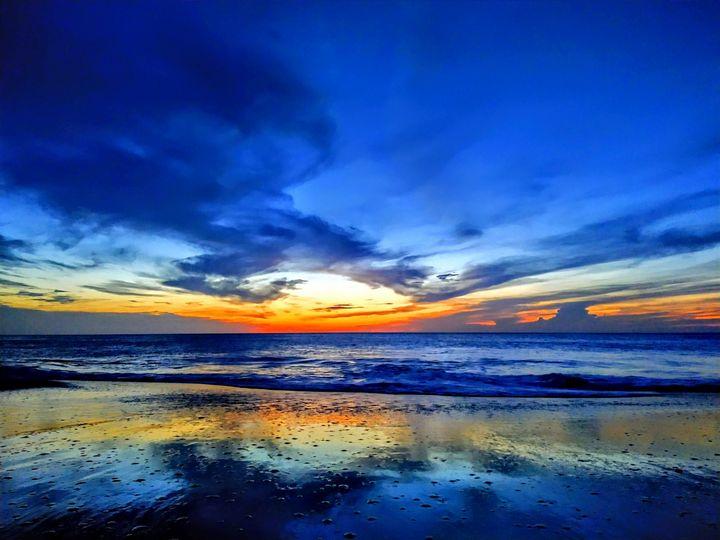 Blue Dreamy Sky - Spacecoasting Premier Arts