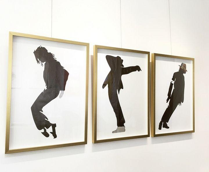 Michael Jackson Signature Pose - rehyphen