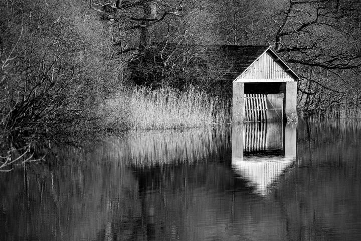 The Old Boat House - Peter Jarvis