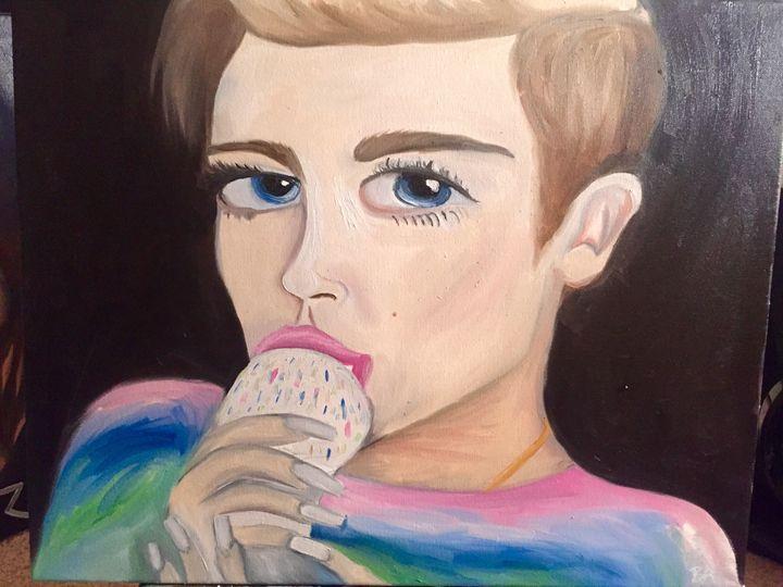 Miley Cyrus - Brittany Allen - vxcivart