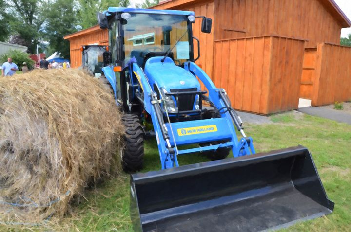 New Holland Workmaster 75 Tractor 1 - Lanjee