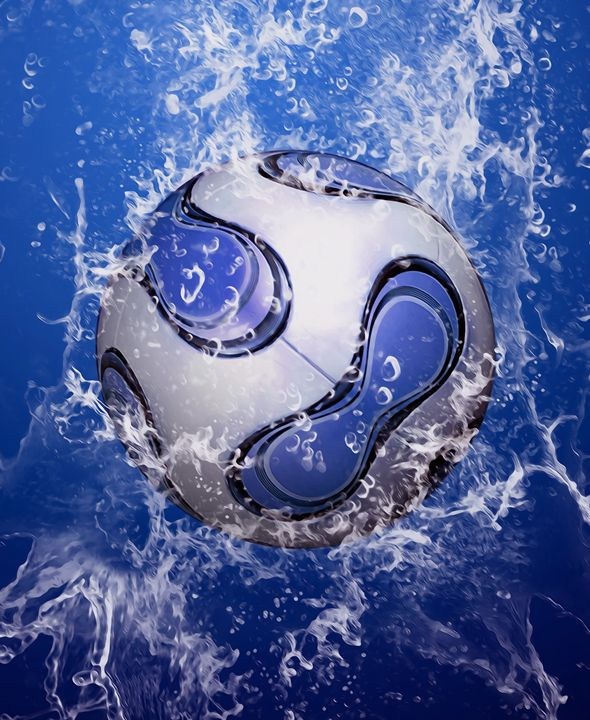 Water drops around soccer ball - Lanjee