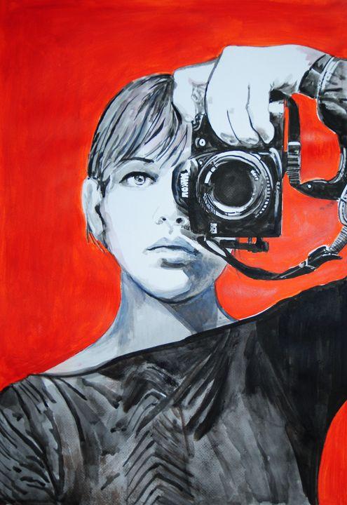 Girl with camera #1/ 72 x 50.5  cm - Alexandra Djokic