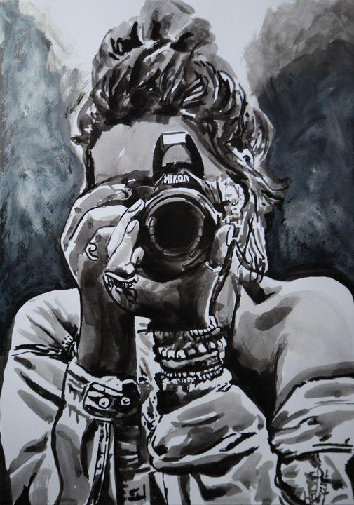 Girl with camera ID #2 / 50 X 36 cm - Alexandra Djokic
