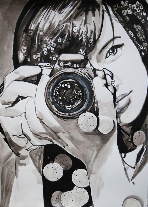 Girl with camera ID #9 / 70 x 50 cm - Alexandra Djokic