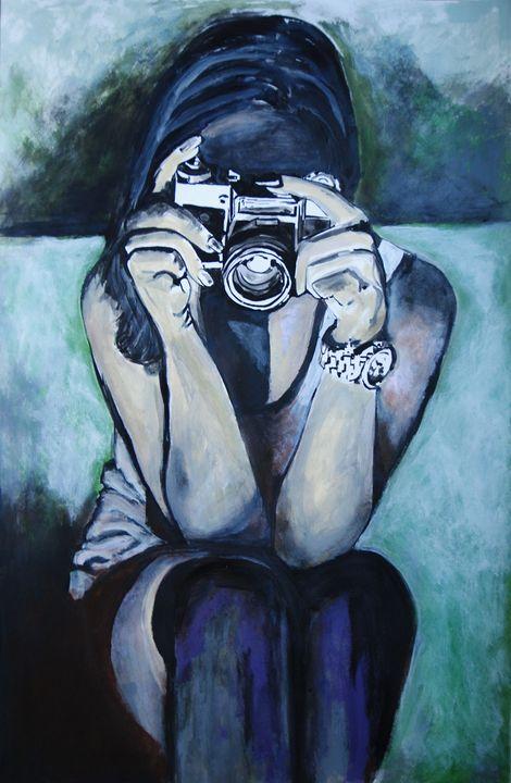 Girl with camera / 100 x 64.5 cm - Alexandra Djokic