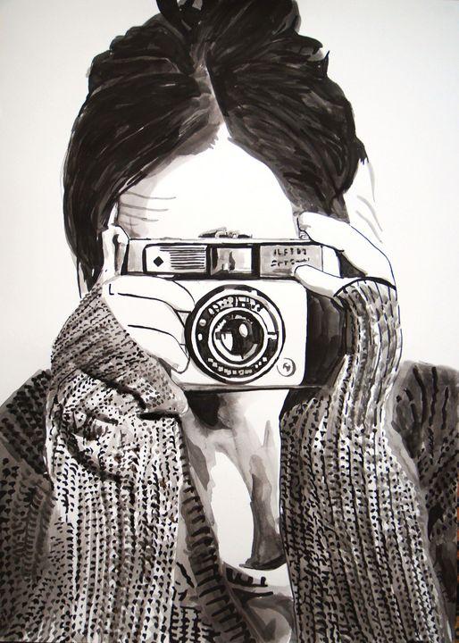 Girl with camera / 70 x 50 cm (2019) - Alexandra Djokic