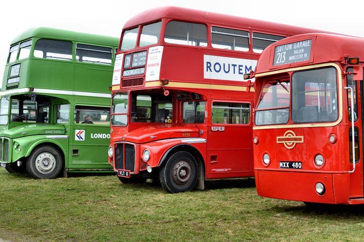 buses - kdw712