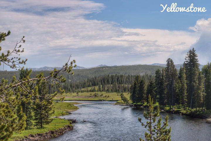 Yellowstone River - Great Smokies Photos