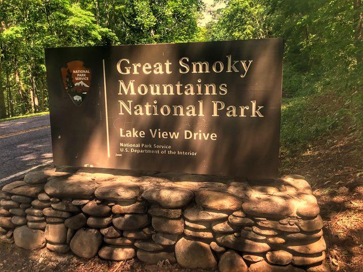 Lake View Drive - Great Smokies Photos