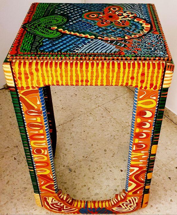 Acrylic painted solid wood table - Mirit Ben-Nun