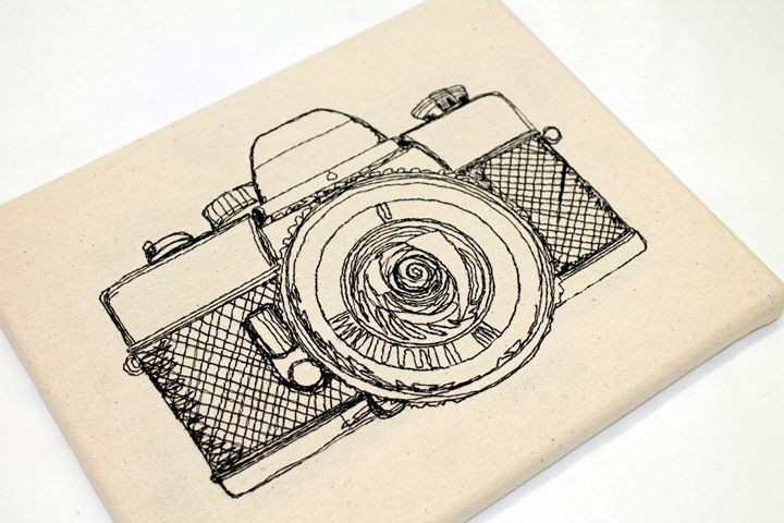 Camera - Embroidered Art - Diane Thorpe